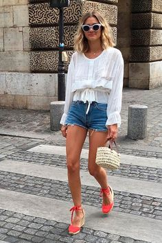 Trendy Outfit Ideas To Wear This Summer Espadrilles Outfit, Wedges Outfit, Castaner Espadrilles, Plaid Fashion, Look Fashion, Fashion Outfits, Petite Fashion, Spring Summer Fashion, Spring Outfits