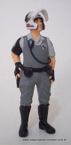 Soldado em Miniatura confeccionado em Resina da ROCAM, Polícia Militar do Estado de São Paulo. www.maquinasdecombate.com.br
