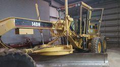 Http://www.brequipmentco.com Caterpillar 140h motor grader at B&R Equipment.  8173791340 #heavyequipment #caterpillar #catequipment #cat #cat140h #grader #constructionequipment #rentheavyequipment #heavyequipmentrental #rentconstructionequipment #constructionequipmentrental #machinery #machinerysales #heavyequipmentmachinery