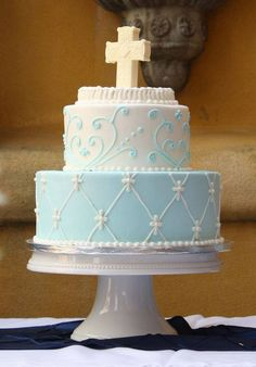 First communion cake or Christening cake? Boy Communion Cake, First Holy Communion Cake, Christening Cake Boy, Christening Cakes, Boy Baptism, Religious Cakes, Confirmation Cakes, Cakes For Boys, Celebration Cakes