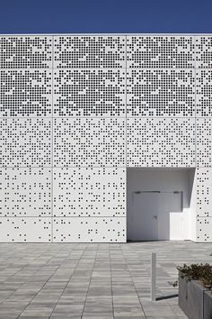 Tecnoparc, Reus, Spain by Alonso Balaguer y Arquitectos Asociados alonsobalaguer.com