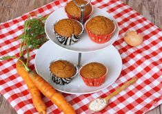 Mrkvové muffiny s tvarohom - Powered by Healthy Deserts, Russian Recipes, Fitness, Sweet Treats, Eggs, Pudding, Desserts, Food, Breakfast Ideas