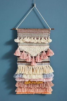 Terra Woven Wall Art von Anthropologie in Pink, Decor - DIY Knitting Weaving Wall Hanging, Weaving Art, Tapestry Weaving, Loom Weaving, Wall Hangings, Bohemian Decoration, Patch Bordado, Diy Trend, Weaving Projects