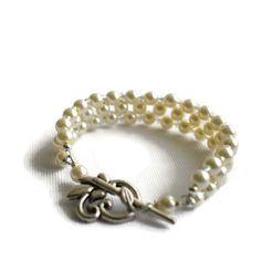 Ivory Glass Pearl Bracelet Wedding by Bluebirdsanddaisies on Etsy