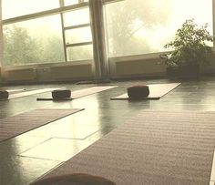 Verwen jezelf met Yoga met Akky in Zuidlaren Yoga, Home Decor, Decoration Home, Room Decor, Yoga Sayings, Interior Decorating