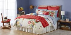 The Pioneer Woman Just Released a New Bedroom Collection and We Are Officially Obsessed Beautiful Bouquet Comforter, Pioneer Woman Bedding Line Bedding Master Bedroom, Woman Bedroom, Bedroom Decor, Bedroom Ideas, Cozy Bedroom, Bedroom Furniture, Wall Decor, Pioneer Woman Kitchen, Hotel Collection Bedding