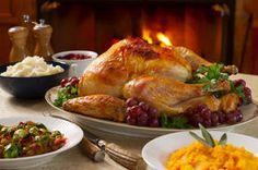 17 Easy Turkey Dishes For Thanksgiving - Best Roasted Turkey Cooking Prime Rib, Cooking Turkey, Turkey Food, Turkey Ham, Turkey Brine, Wild Turkey, Herb Roasted Turkey, Roasted Butternut, Roast Turkey Recipes