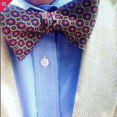 Effortless style on full display! @wkentbarnds donning one of our beautiful British woven silk bow tie. Www.bowtieclub.com