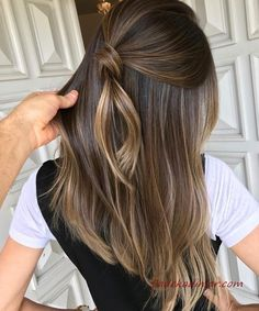 Long Wavy Ash-Brown Balayage - 20 Light Brown Hair Color Ideas for Your New Look - The Trending Hairstyle Brown Hair Shades, Hair Color Shades, Ombre Hair Color, Light Brown Hair, Hair Color Balayage, Dark Hair, Brown Hair With Highlights, Brown Blonde Hair, Caramel Highlights