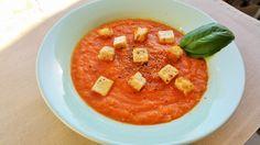Crema de tomate con tofu y picatostes #vegano #vegetariano #salud #vegaffinity
