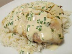Φιλετάκια κοτόπουλου με τυρί κρέμα με πιλάφι