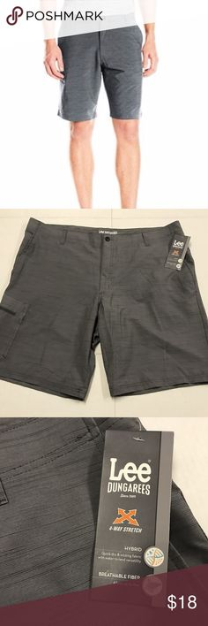 "Lee Riptide Hybrid Cargo Shorts 4 way stretch land to sea summit slub 38 Measurements Laying Flat: WAIST: 20.5""  RISE: 13"" INSEAM: 10.5"" PRODUCT FEATURES 4-way stretch fabric Zipper fly 5-pocket FIT & SIZING Relaxed fit Approximate 10.5-in. inseam FABRIC & CARE Polyester, spandex Machine wash Imported Lee Shorts Cargo"