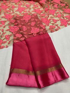 Sarre blouse Pakistani Dresses, Indian Sarees, Indian Dresses, Indian Outfits, Ethnic Fashion, Indian Fashion, Saree Fashion, Fashion Fashion, Chiffon Saree