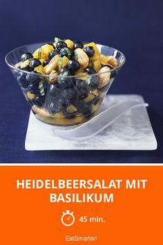 Heidelbeersalat mit Basilikum und Papaya