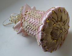 Zvonek č. 3 :: Creative ribbons