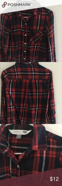 Old Navy Classic Flannel Shirt Red, navy and white classic fit flannel shirt. Worn once. No flaws! Super soft and comfy. Old Navy Tops Button Down Shirts