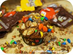 Use Leftover Halloween Candy - Candy Topped Cupcake