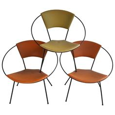 "Classic Mid-Century Modern Iron ""Hoop"" Chair after Salterini For Sale Iron Furniture, Modern Furniture, Luxury Furniture, Garden Chairs, Garden Furniture, Modern Classic, Mid-century Modern, Modern Patio, Salterini"