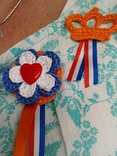 Need to translate - Holland! Crochet Earrings Pattern, Crochet Necklace, Dutch Tulip, Going Dutch, Chrochet, Holland, Knitting Patterns, Hanger, Knitwear