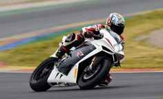 MV Agusta Returning to WSBK Competition with F4 RR - Motorcycle Chat - Motorcycle Sport Forum
