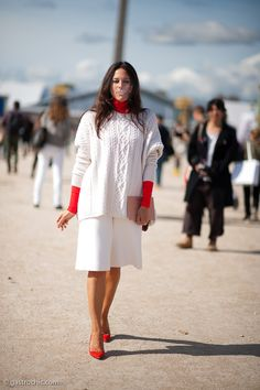 Winter white: Lisa Marie Fernandez in the Tuileries #streetstyle #fashion | Gastro Chic