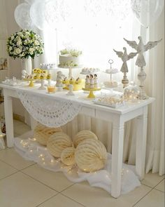 Baptism Party Decorations, First Communion Decorations, Baby Shower Decorations For Boys, Recuerdos Primera Comunion Ideas, Communion Cakes, Boy Baptism, Ideas Para Fiestas, First Holy Communion, Deco Table