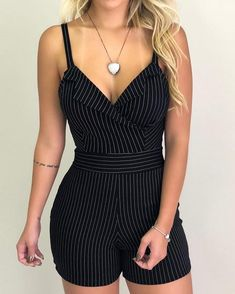 Buy Women Striped V Neck Casual Sleeveless Spaghetti Strap Rompers at Wish - Shopping Made Fun Trend Fashion, Look Fashion, Fashion Outfits, Estilo Fashion, Fashion Hacks, Ladies Fashion, Mode Rockabilly, Short Jumpsuit, Jumpsuit Shorts
