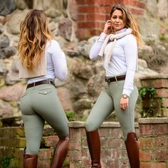 Equestrian Chic, Equestrian Outfits, Female Pilot, Horse Girl, Jodhpur, Riding Boots, White Jeans, Riding Outfits, Women Wear