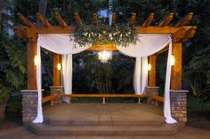 Hanalei Courtyard for night weddings at Crowne Plaza San Diego Hanalei