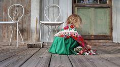 Flokulla. Costume from Dala-Floda in Sweden.