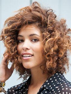 Pretty no-heat curls