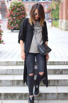 @Yuliyamodeuse adopte la #chemise #longue #babou avec style pour 12€ ! + #Tshirt à 4€50