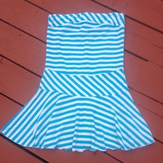 Beach Striped Dress blue&white Size S beach striped dress by Lisha Pluse.Still in good conditions.No stains.Came from a smoke and pet free home. Lisha Pluse Dresses