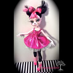 Monster High OOAK Custom Repaint Draculara by AnaElaOOAK on Etsy