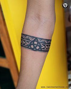 Celtic Band Tattoo, Celtic Tattoos For Men, Tribal Band Tattoo, Wrist Band Tattoo, Armband Tattoos For Men, Forearm Band Tattoos, Armband Tattoo Design, Wrist Tattoos For Guys, Small Tattoos For Guys
