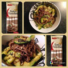 Noodles soba con zucchine,curcuma e semi di sesamo nero
