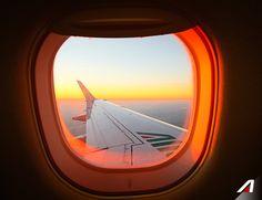 Guardo il #mondo da un oblò  View from the window.  #Alitalia #world #fly…