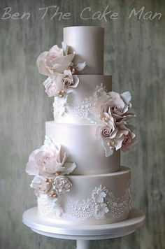 Pinkish-Purple-Gray Roses and Lace Cake