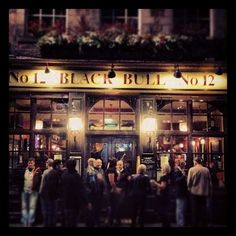 Live music every night, a DJ at the weekend and shows live sport in between. A great pub for Stag and Hens to begin their weekend, on the Grassmarket.
