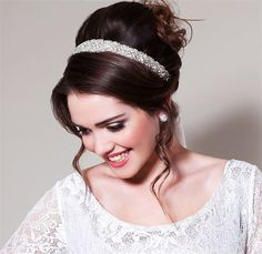 Be a Mod Bride | Retro Wedding Hair