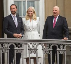 C.P. Haakon,  C.P. Mette-Marit,  King Harald of Norway on Queen Margrethes birthday