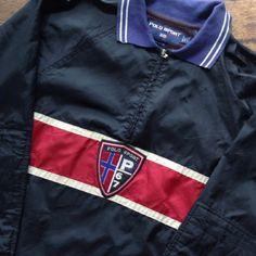 P67 Sport Ralph Lauren  Size L  VGC  145$ shipped  Wa : +62-82261680430