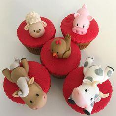 Sheep, Pig, Horse, Cow & Bird Farm Animal Cupcakes Farm Animal Cupcakes, Pig Cupcakes, Tractor Tom, Sheep Pig, Bird Cakes, Sweet Cookies, Farm Animals, Cake Decorating, Cow