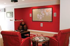 Homeowners design honors the Ohio State #Buckeyes. #housetrends