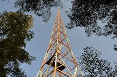Radiomäki on salpausselän korkea soraharju, joka sai nimensä radiomäki kun suuryleisöradioasema perustettiin sinne vuonna 1928. Se tunnetaan parhaiten kahdesta 150m korkeasta radiomastosta.