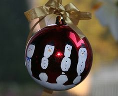 Handprint Snowman Ornaments. Perfect gift for dad!