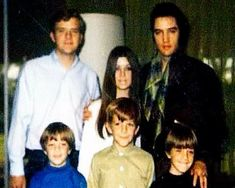 With Priscilla's siblings Elvis And Priscilla, Priscilla Presley, Elvis Presley, Elvis In Concert, Graceland, Siblings, Famous People, Cool Pictures, Handsome
