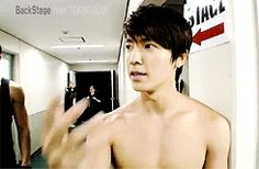 Siwon and Donghae have some of the best gif's