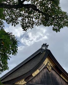 𝐽𝑢𝑛𝑘𝑜 𝑆𝑜𝑝𝘩𝑖𝑒 𝐾𝑎𝑘𝑖𝑧𝑎𝑘𝑖 (@junkosophiekakizaki) • Instagram photos and videos Japanese Buildings, Photo And Video, Videos, Photos, Instagram, Pictures