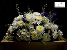 LOS MEJORES ARREGLOS FLORALES A DOMICILIO. En Lilium contamos con los mejores arreglos florales para decorar sus eventos empresariales. No existe mejor manera de dar ese toque de elegancia a un evento, que a través de la belleza de las flores. Le invitamos a ingresar a nuestra página de internet www.lilium.mx, o comunicándose al número 6691-9295 en un horario de lunes a domingo de 09:00 a 20:00 horas. #Lilium